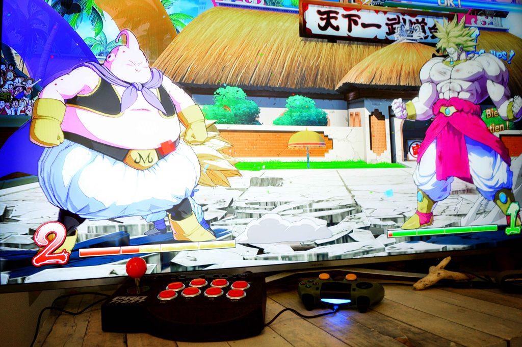 exemple combat jeux videos PS4 avec stick arcade